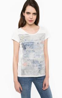 Хлопковая футболка с контрастным принтом Lerros