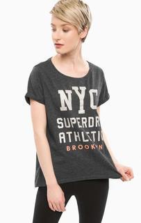 Серая футболка с контрастным принтом Superdry