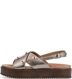 Кожаные сандалии с металлическим декором Inuovo