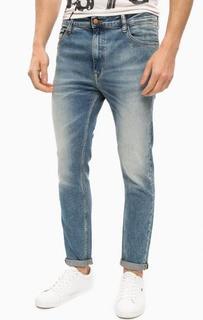 Джинсы скинни с заломами и потертостями Calvin Klein Jeans