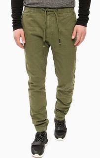 Зауженные брюки цвета хаки Superdry
