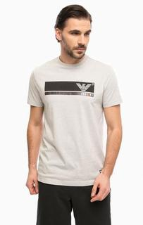 Серая футболка с принтом EA7