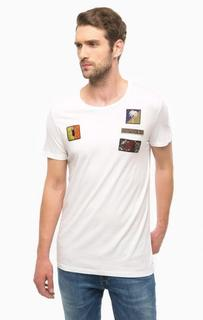 Белая футболка с разноцветными нашивками Mavi