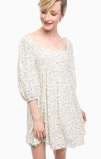 Короткое платье бежевого цвета D&S Ralph Lauren