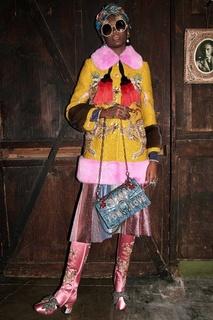 Шерстяное пальто с отделкой из меха норки Gucci