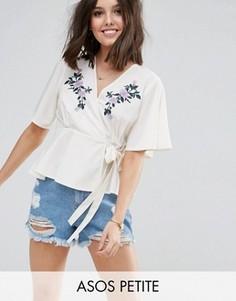 Блузка с запахом и вышивкой ASOS PETITE - Белый