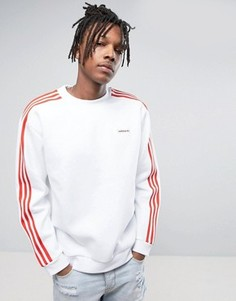 Белый свитшот с круглым вырезом adidas Originals London Pack MDN BK7793 - Белый