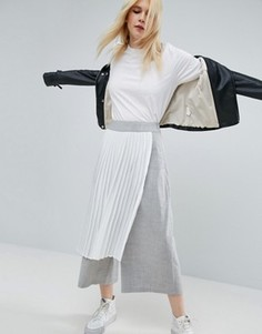 Юбка-шорты с плиссированным верхним слоем ASOS WHITE - Серый