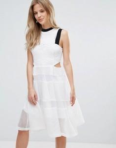 Кружевное платье с вырезами Amy Lynn - Белый