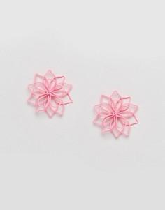 Серьги-гвоздики с цветами ASOS - Розовый