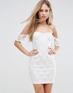 Облегающее кружевное платье с открытыми плечами и с топом в стиле корсета NaaNaa - Белый