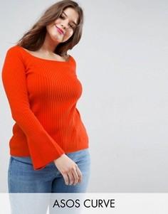 Джемпер в рубчик с открытыми плечами и расклешенными рукавами ASOS CURVE - Оранжевый