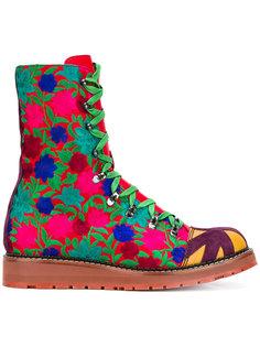 сапоги со шнуровкой и вышивкой  Vivienne Westwood