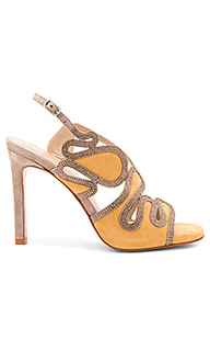Cut out heel - Lola Cruz