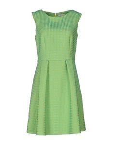 Короткое платье Ekle