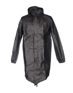 Легкое пальто UEG