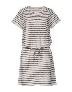 Короткое платье Lee