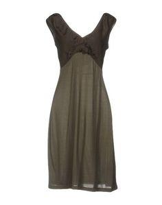 Короткое платье Schumacher