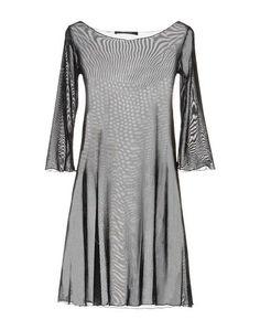 Короткое платье Fisico