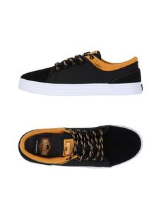 Низкие кеды и кроссовки DVS Shoe Company