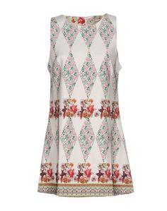 Короткое платье Anna L.
