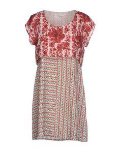 Короткое платье Tshirterie