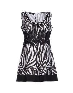 Короткое платье GB