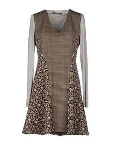 Короткое платье Pianurastudio