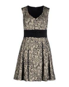 Короткое платье Walter Duchini
