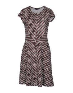 Короткое платье Orleani