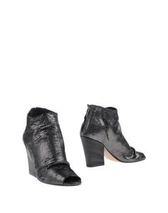 Полусапоги и высокие ботинки Salvador Ribes
