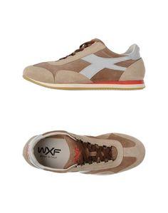 Низкие кеды и кроссовки WXF