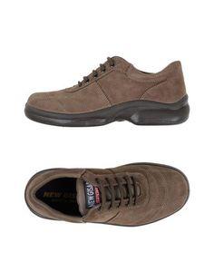Низкие кеды и кроссовки NEW Gisab