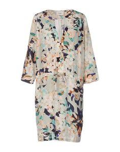 Короткое платье Pyrus