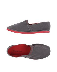 Низкие кеды и кроссовки Emporio Armani Swimwear