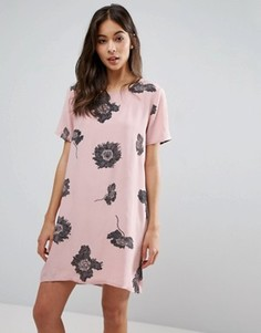 Цельнокройное платье с цветочным принтом Pieces Isabella - Розовый
