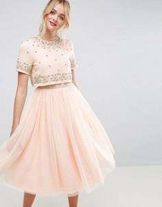 Платье миди из тюля с декоративной отделкой и укороченным топом ASOS - Розовый