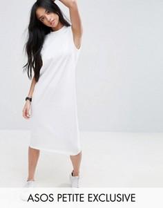 Платье-футболка мини без рукавов с V-образным вырезом на спине ASOS PETITE - Белый