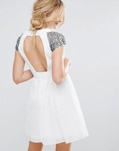 Платье для выпускного с открытой спиной Little Mistress - Кремовый