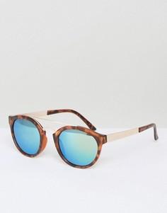 Круглые солнцезащитные очки в черепаховой оправе AJ Morgan Raja - Коричневый