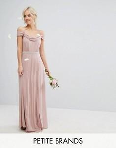 Платье макси с открытыми плечами и отделкой TFNC Petite Wedding - Розовый