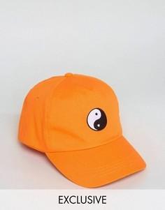 Бейсболка с вышивкой инь-ян Reclaimed Vintage Inspired - Оранжевый