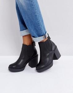 Ботинки челси на массивном каблуке London Rebel - Черный