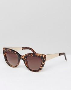 Солнцезащитные очки в черепаховой оправе с золотистой отделкой Jeepers Peepers - Коричневый