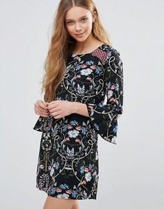 Платье с принтом Yumi - Черный
