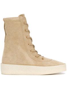 ботинки Crepe Yeezy