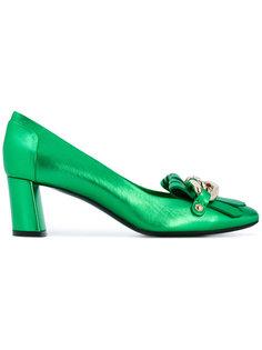 туфли с цепочными звеньями Casadei