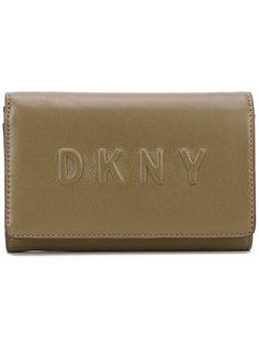 кошелек с тисненым логотипом DKNY