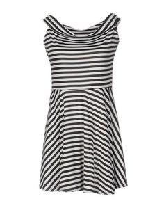 Короткое платье A MÒÒd