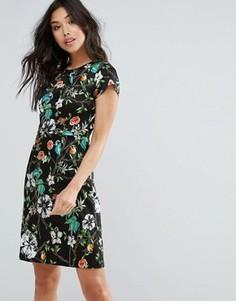 Цельнокройное платье с цветочным принтом Yumi - Черный
